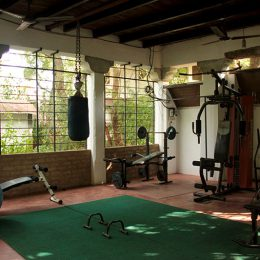 Gym Sharnga guest house